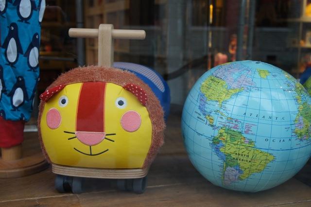 西へ東へ アート放浪記 「ブリュッセルをアート散歩」