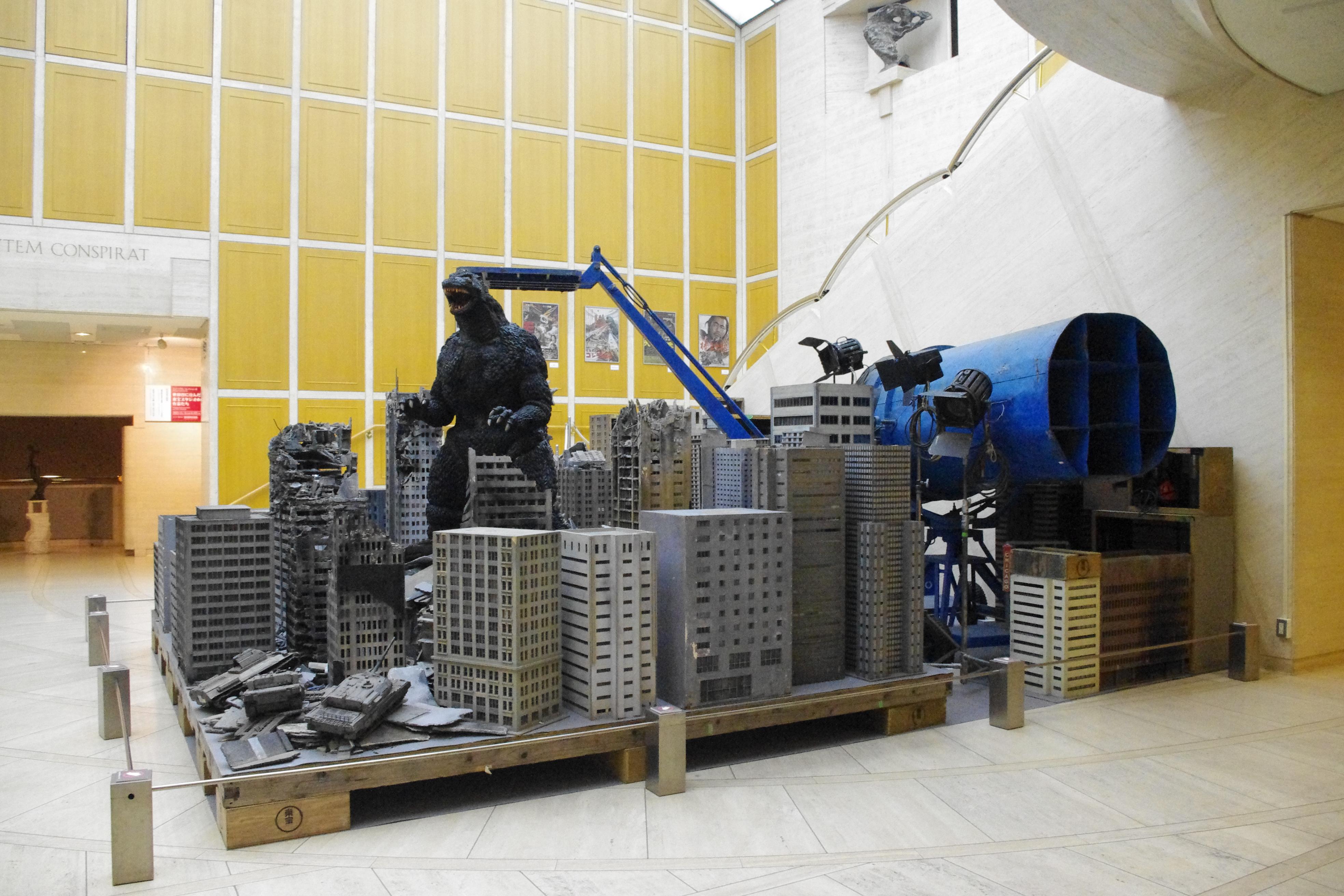 『東宝スタジオ展 映画=創造の現場』@世田谷美術館で 映画の裏側へDIVE!『ゴジラ』や『七人の侍』