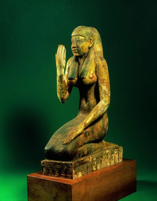 7.《女神イシスまたはネフティス像》small