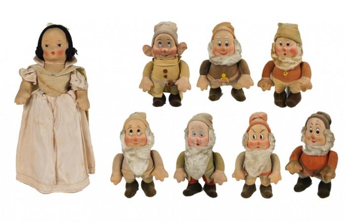 (C)「白雪姫」アンティーク人形(1938年頃)