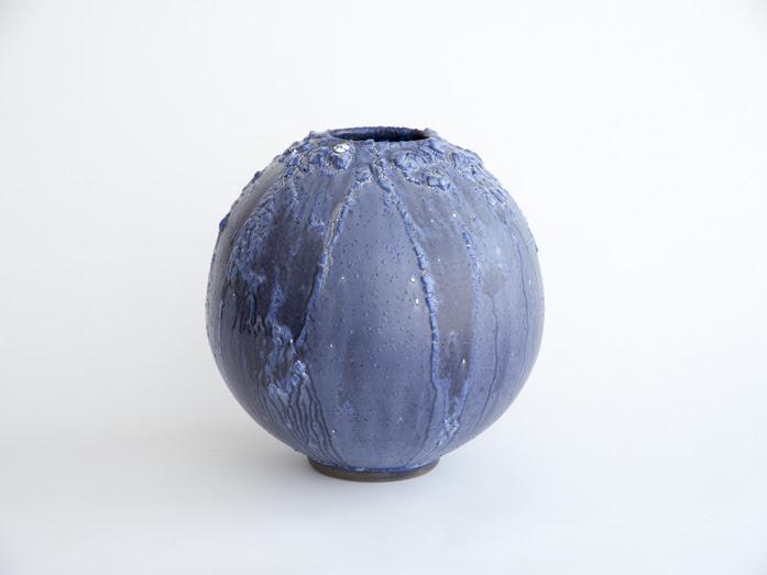 陶芸の青 青色アダム・シルヴァーマン展「Blue」【今週のおすすめアート】