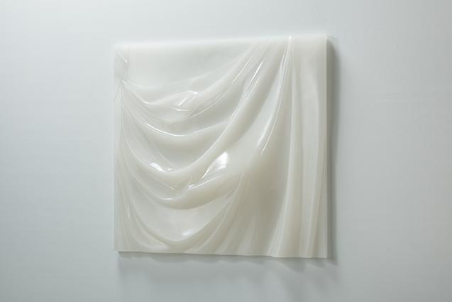 セクシーな曲線を描く彫刻に出会う 山本一弥個展『エントランス』【今週のおすすめアート】